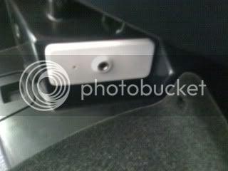 What is this? AUX Jack? | Volkswagen Passat Forum